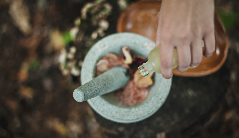 Soigner et embellir sa peau grâce à l'aromathérapie