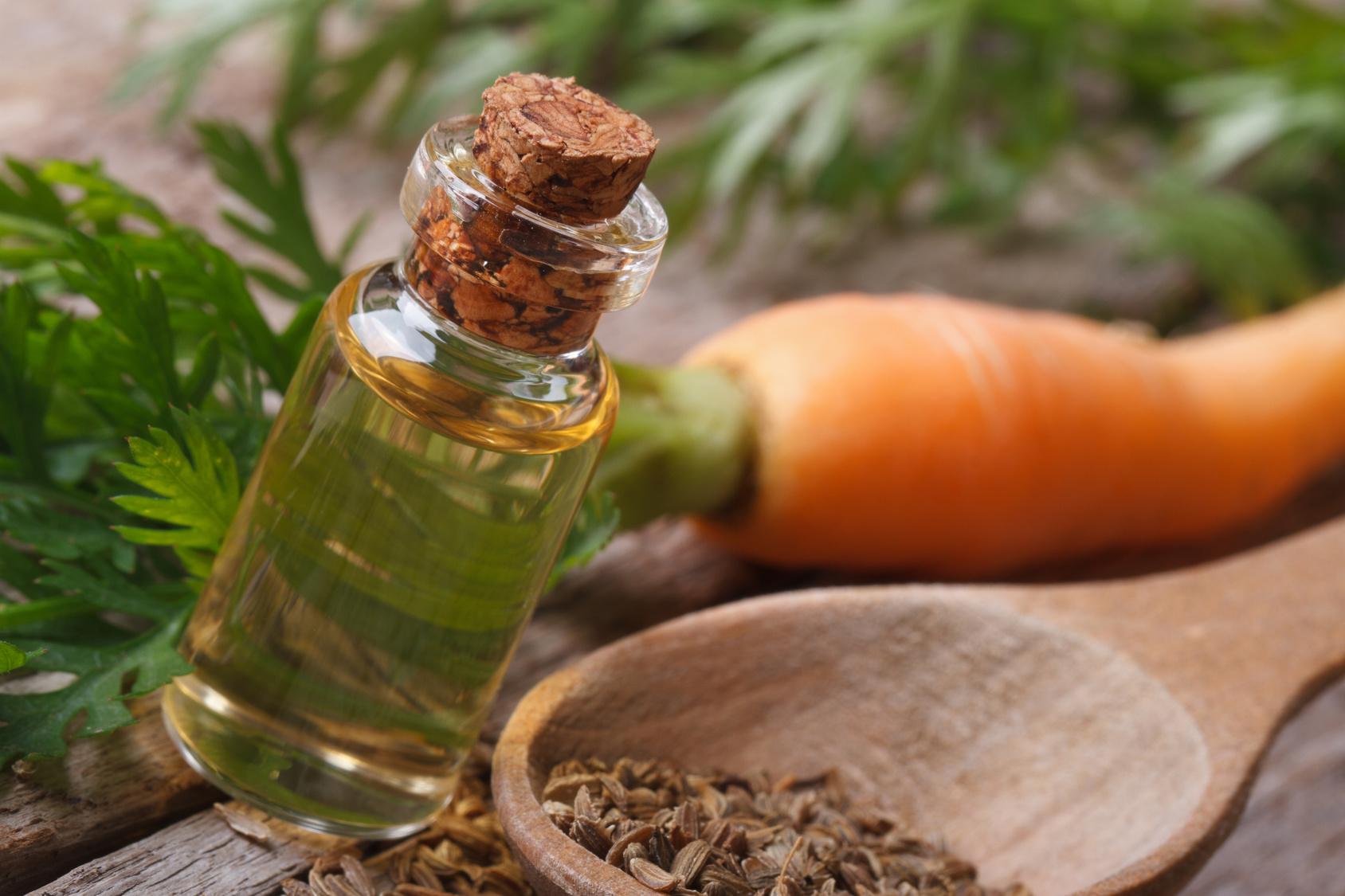 Un teint lumineux grâce au macérat huileux de carotte