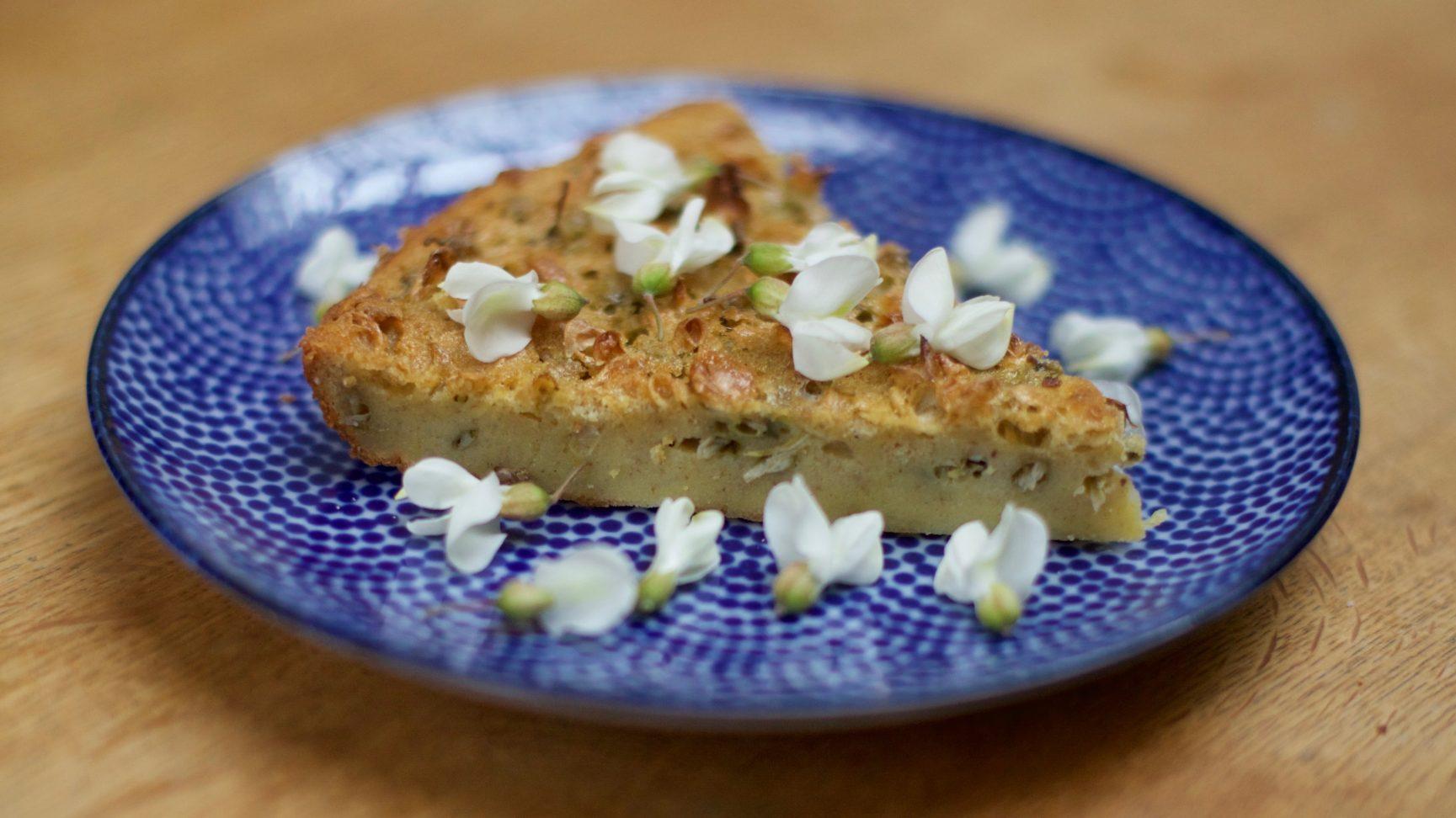 Le clafoutis aux fleurs (d'acacia, de glycine, de sureau noir)