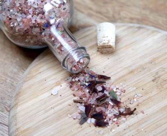 Sels de bain «chaï» aux épices et à l'avoine