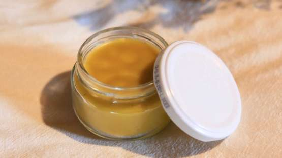 Fabriquer un baume apaisant pour les peaux sensibles