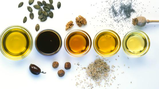 10 huiles végétales adaptées à vos cheveux